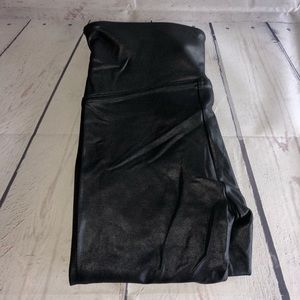 Spanx Black/Gray Faux Leather Leggings Size Medium